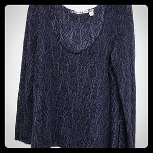 Chelsea & Violet Long-sleeve Black and Gray Top L
